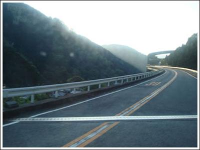 ingenieria-en-la-red-kawazu-nanadaru-loop-bridge-07.jpg